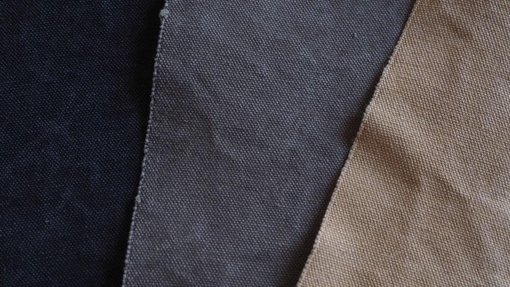 Tannin-dyed sailcloth